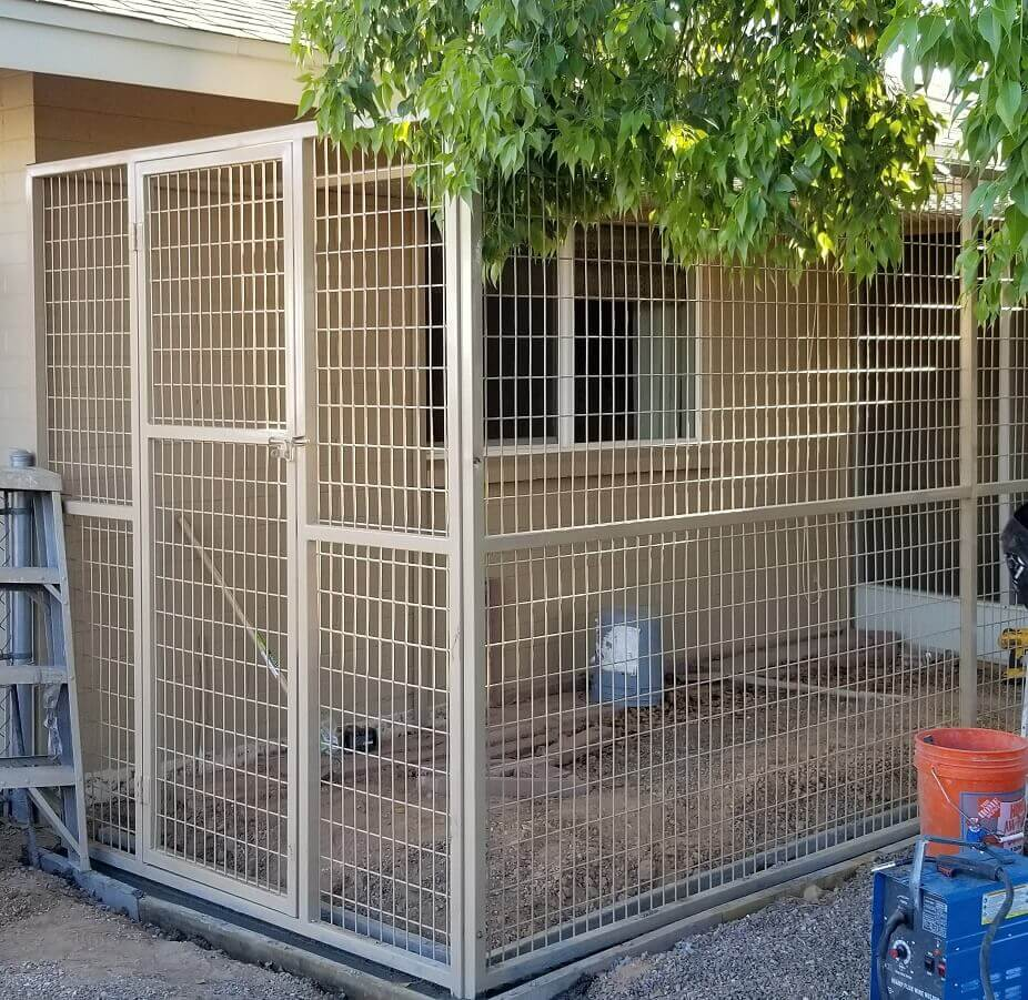 6 FT Tall Kennels
