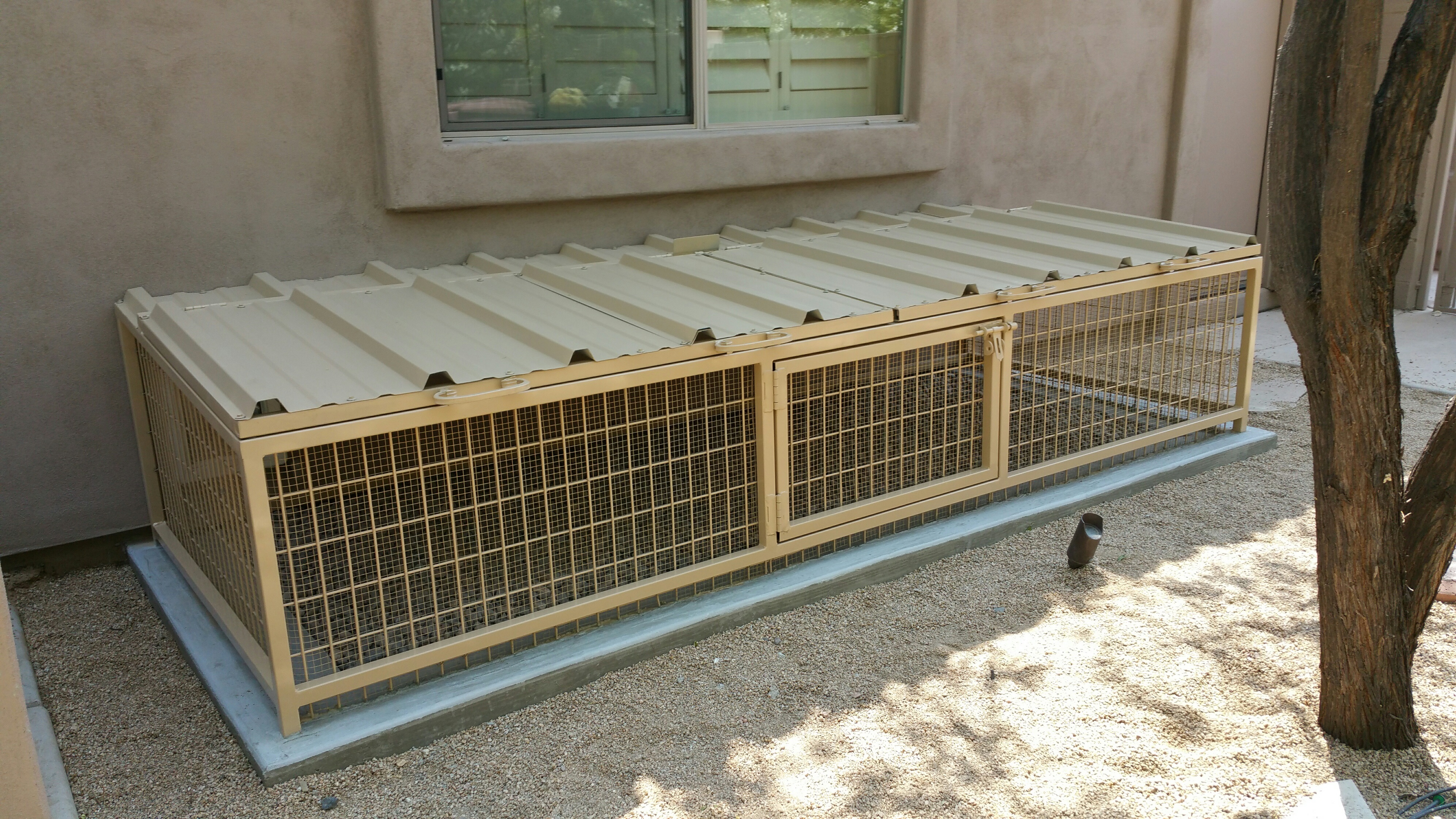 Best Dog Containment Kennels For Sale